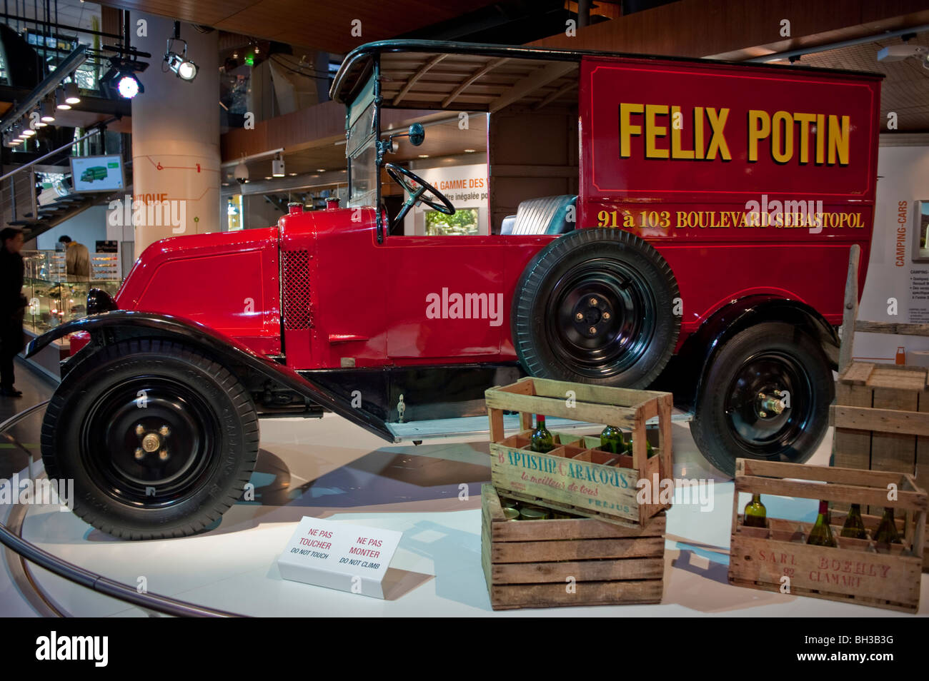 Paris, France, Old Delivery Truck on display in Renault Car Company ...