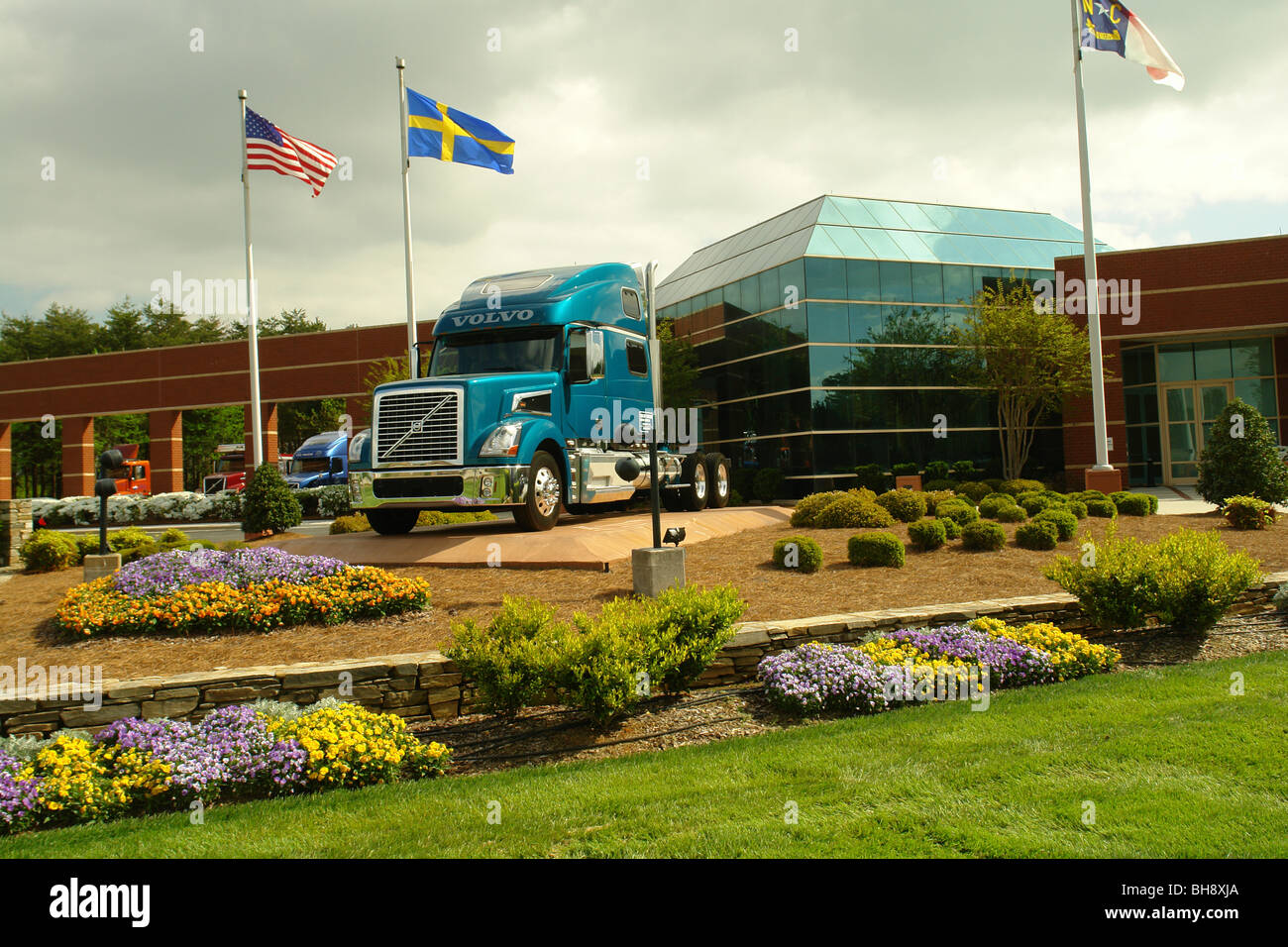 Volvo North America Ajd64219 Greensboro Nc North Carolina Volvo Trucks North