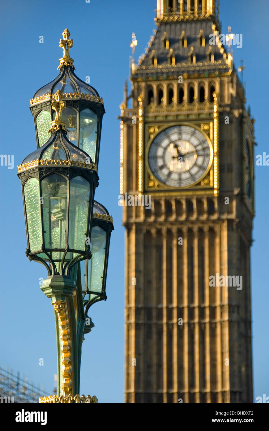 Old street lamp and Big Ben clock tower, Houses of Parliament ...