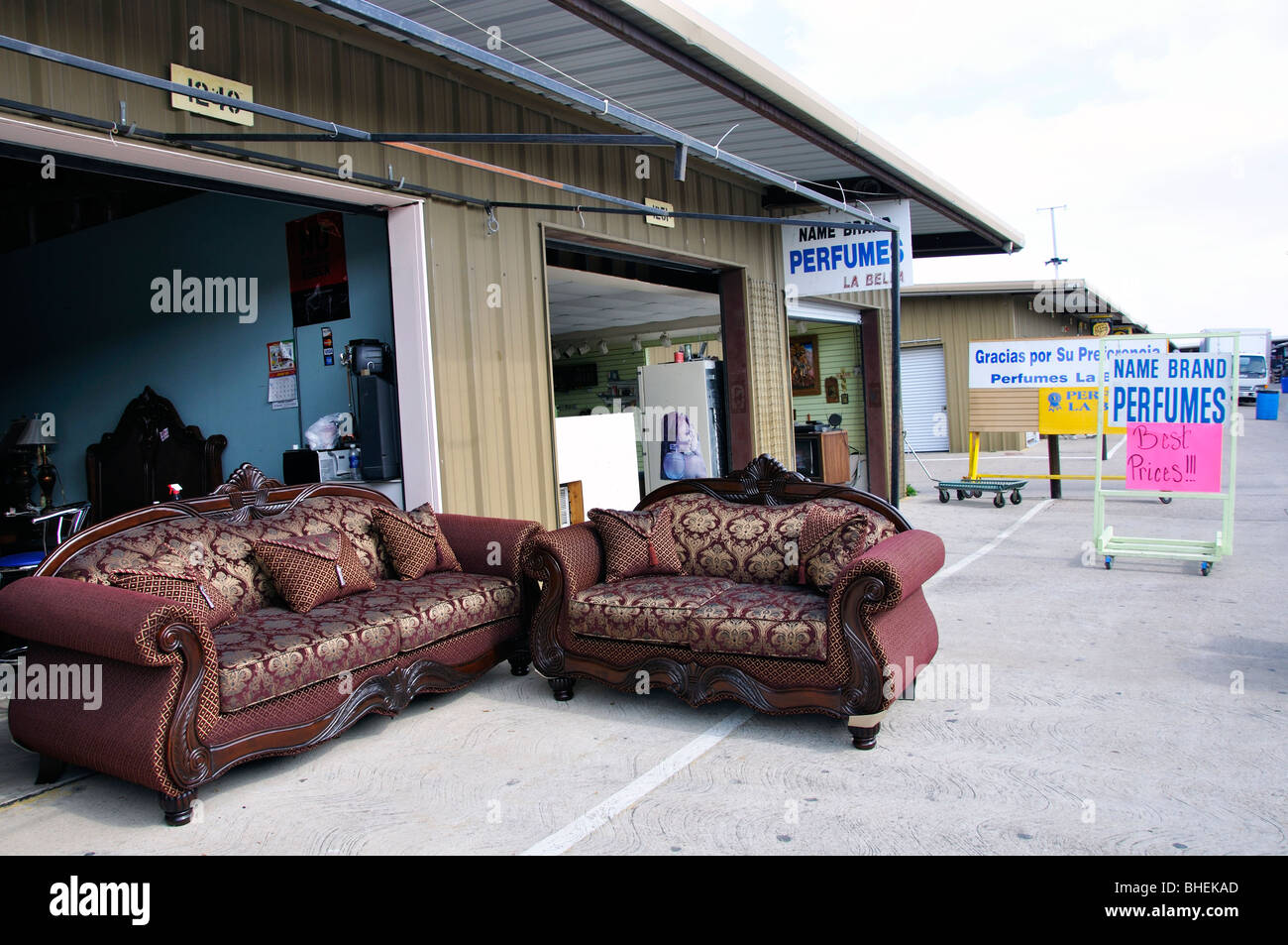 Cheap furniture on sale at traders village biggest flea for Furniture traders