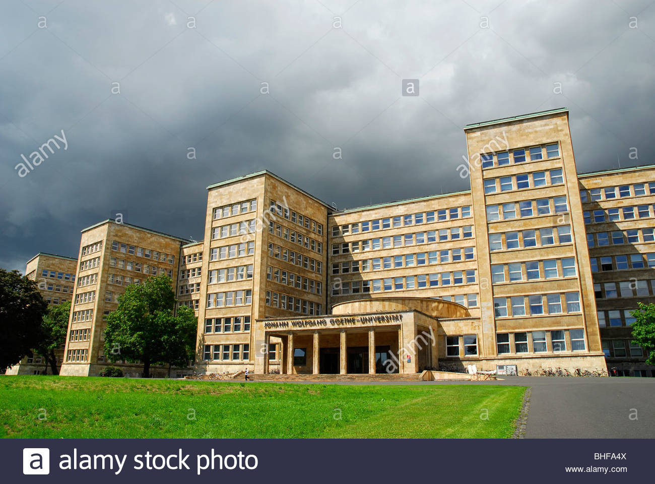 johann wolfgang goethe university frankfurt am main hesse germany stock photo royalty free. Black Bedroom Furniture Sets. Home Design Ideas