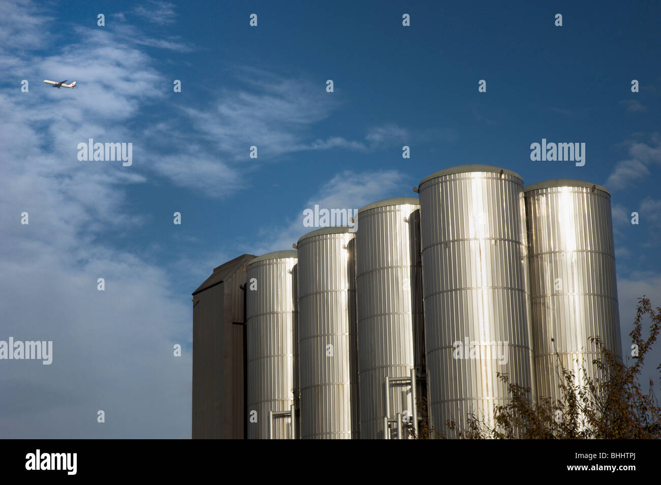 Brewery Grain Silos At Young S Ram Brewery Wandsworth