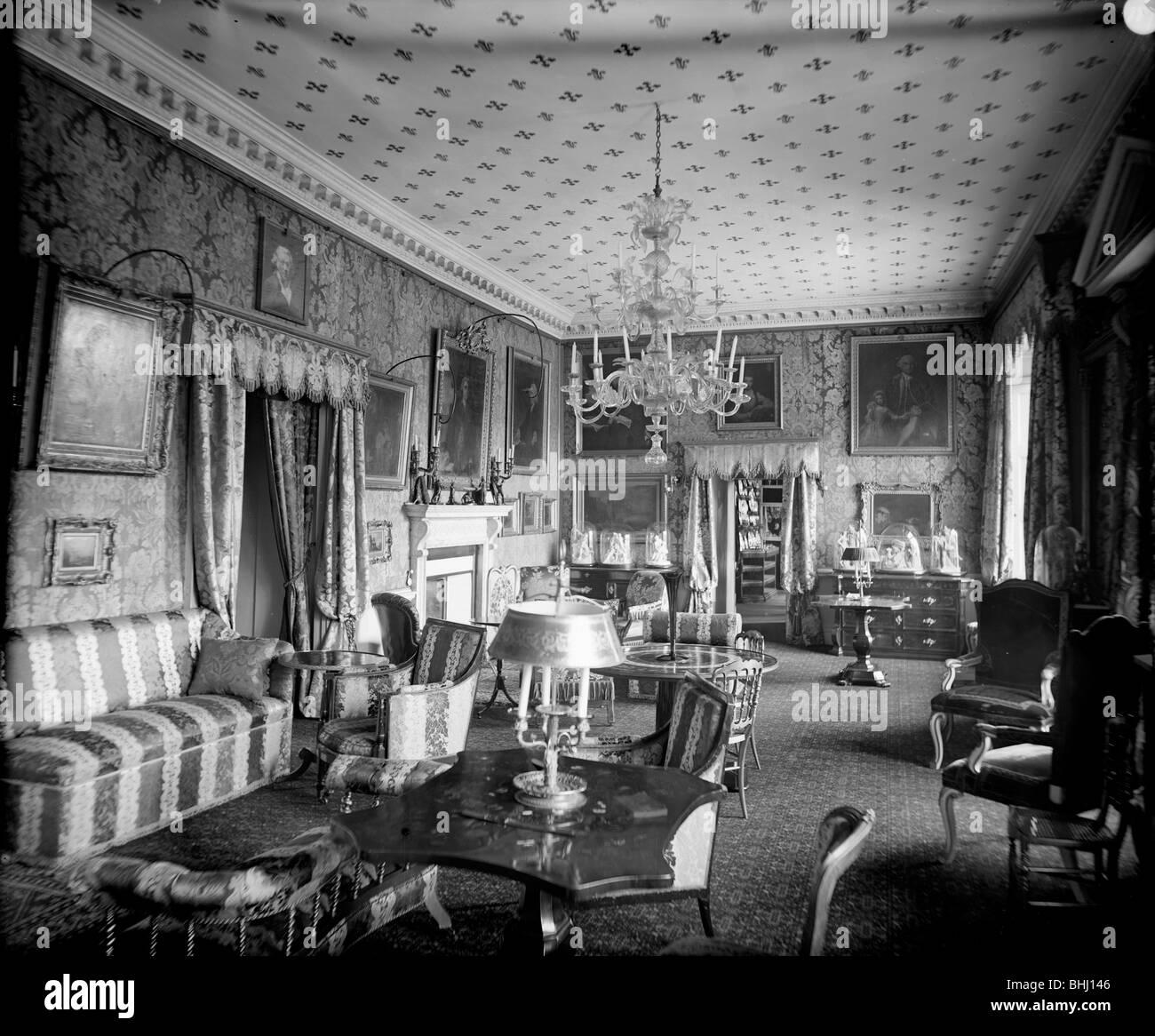 Crimson drawing room holland house kensington london for The kensington house