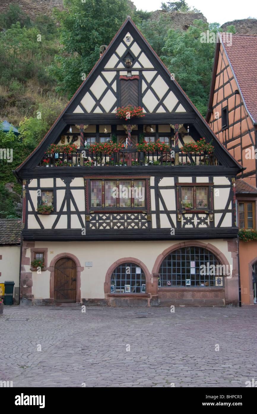 Renaissance house 28 images small renaissance house for Renaissance homes floor plans