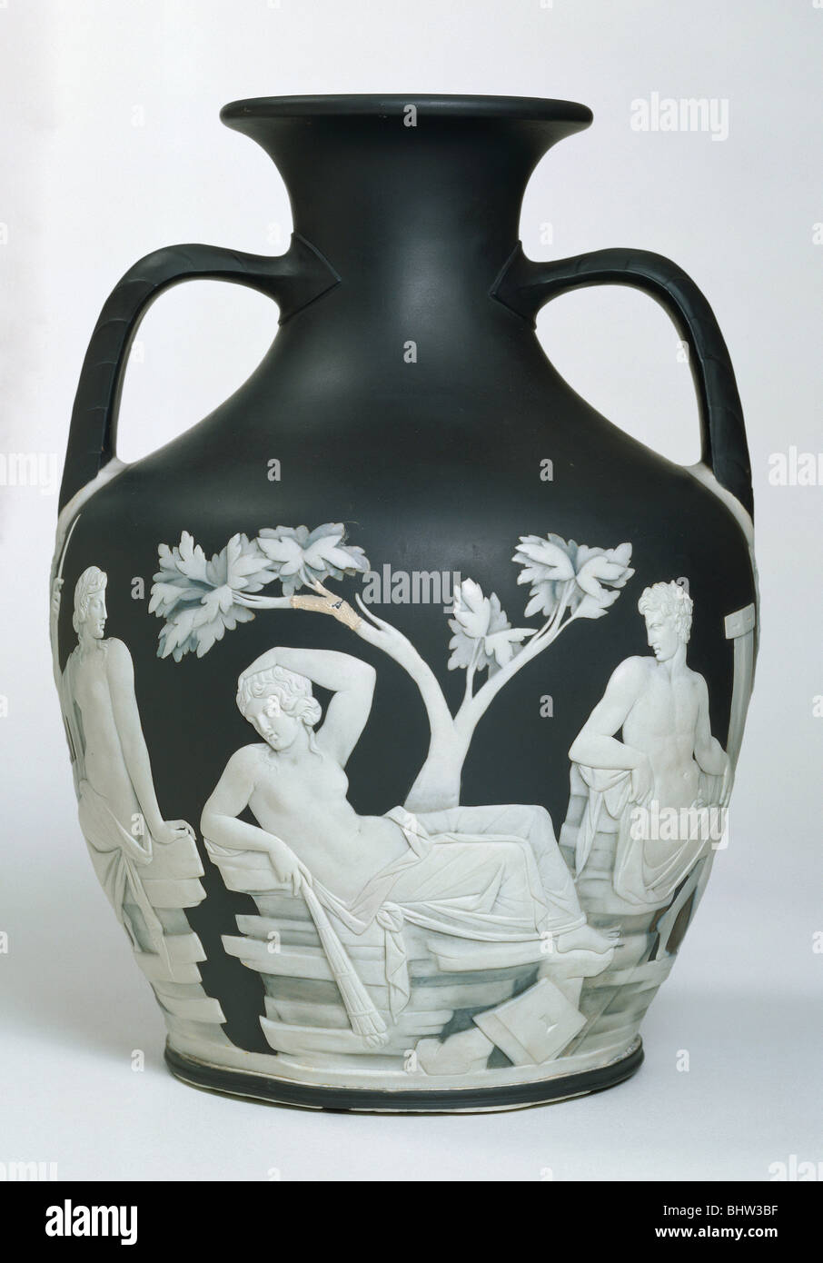 Portland vase by josiah wedgwood stoke on trent england late portland vase by josiah wedgwood stoke on trent england late 18th century reviewsmspy