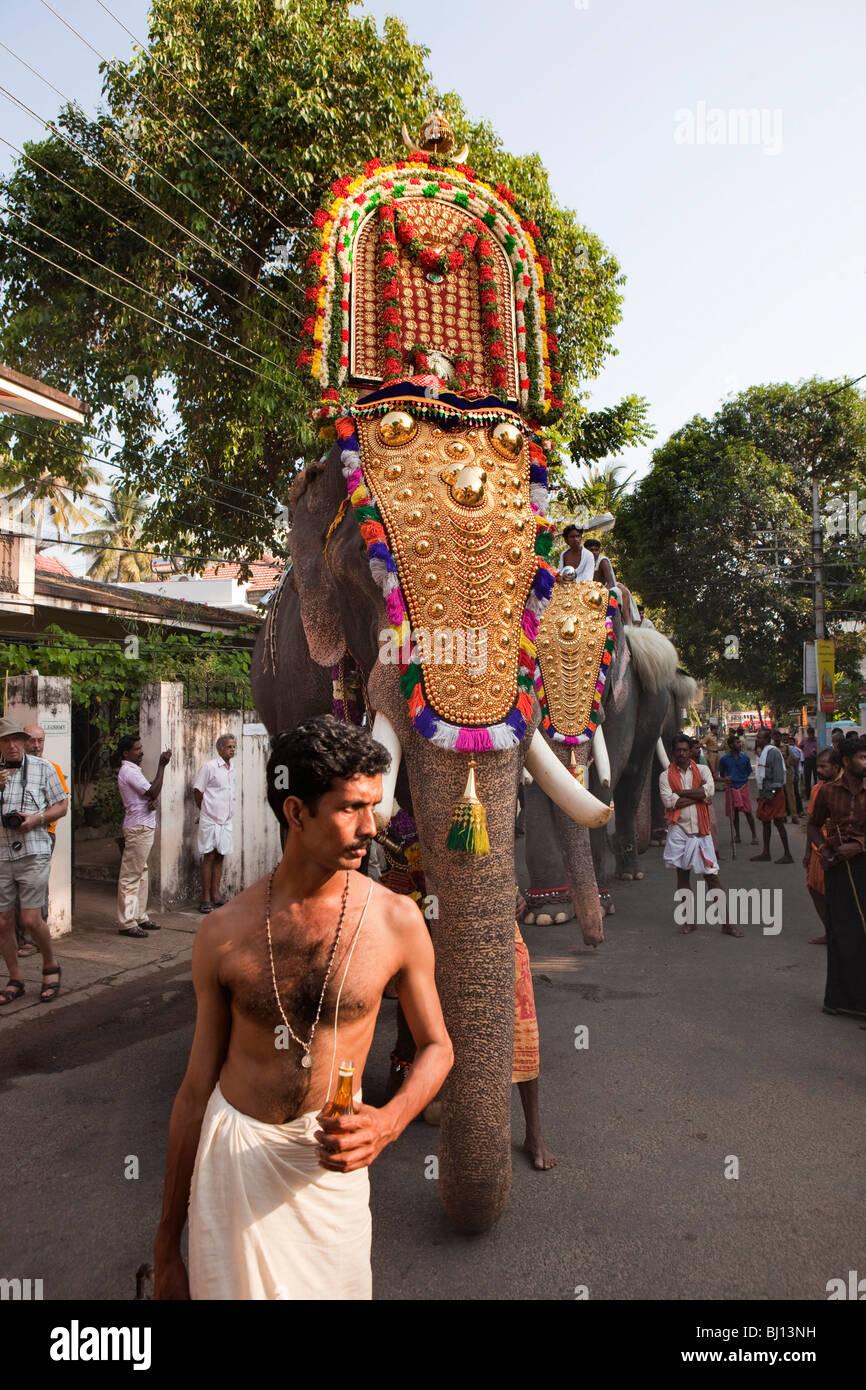 India, Kerala, Kochi, Ernakulam, Diwans Road, Uthsavom ...