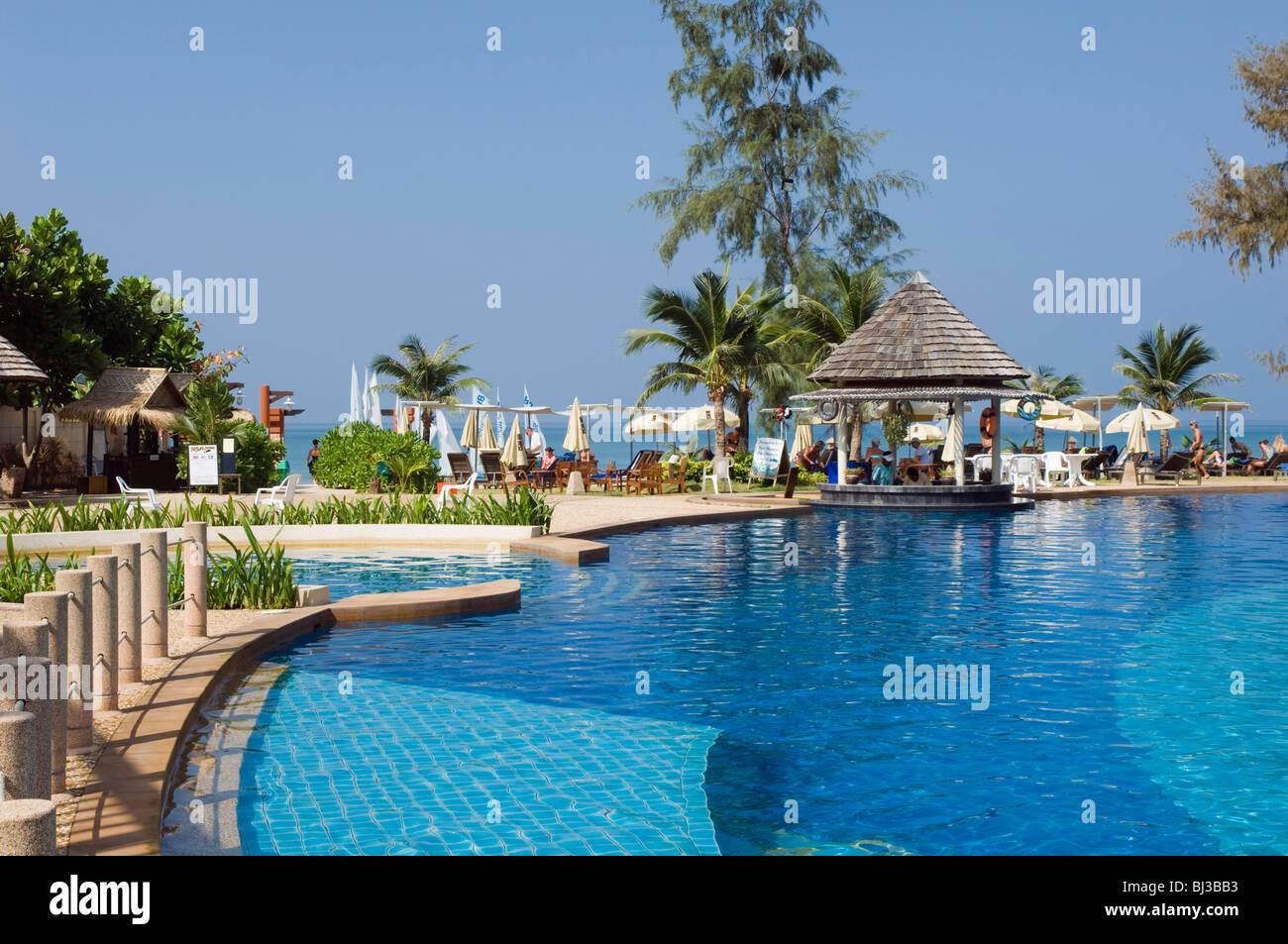 Lanta Resort Hotel - room photo 8625385