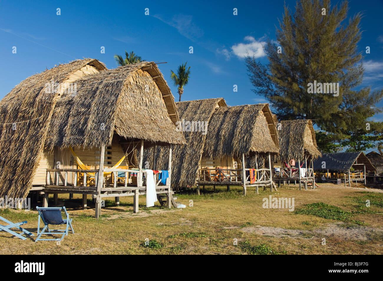 Lanta Klong Nin Beach Resort Hotel - room photo 5405454