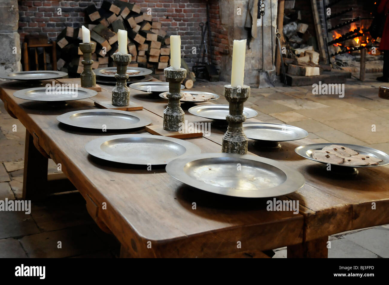 Hampton Court Kitchen Table London Uk Stock Photo 28352421 Alamy # Table De Jardin Ludon