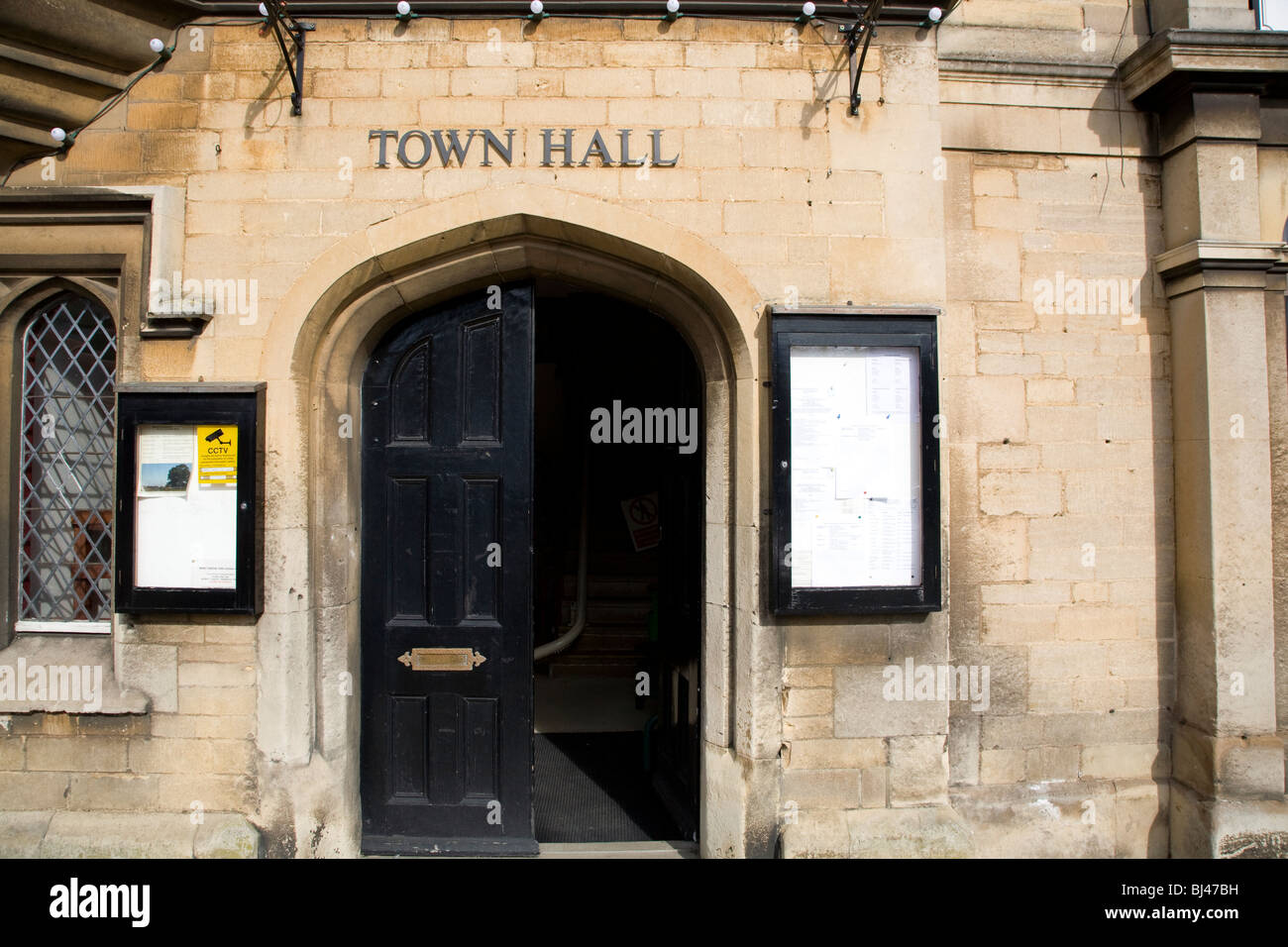 Town Hall in Market Deeping Lincs & Town Hall in Market Deeping Lincs Stock Photo: 28367797 - Alamy