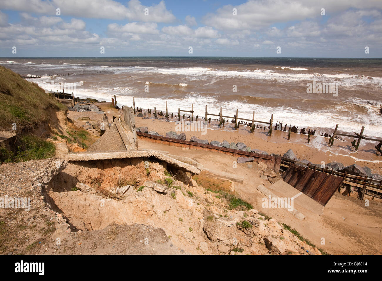 History of erosion and defences at Happisburgh.
