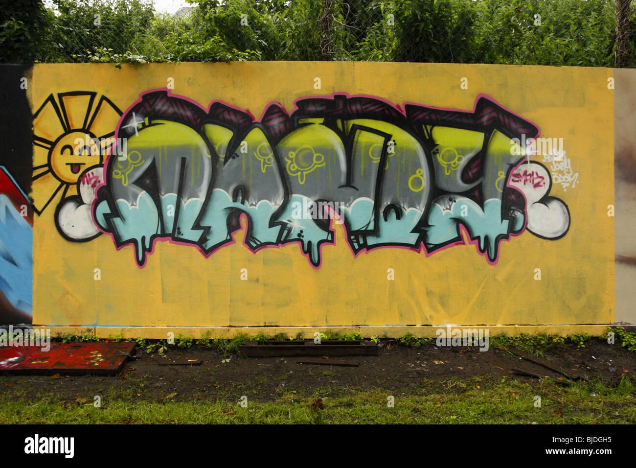 Graffiti wall uk -  Artistic Graffiti On A Graffiti Wall Swansea West Glamorgan South Wales U K