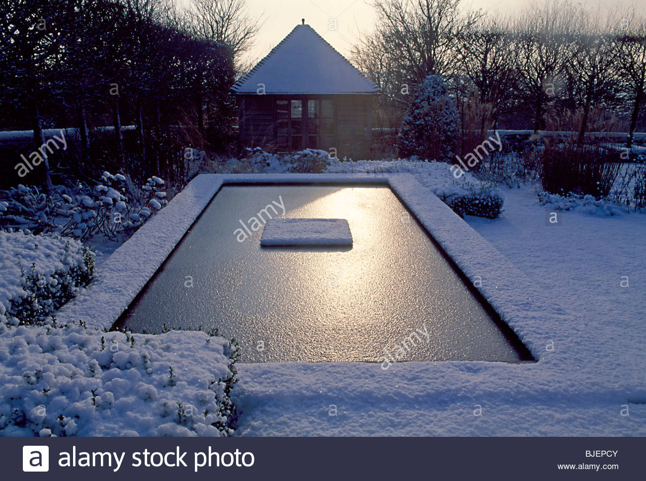garden winter gazebo room store rectangular minimal pool snow low