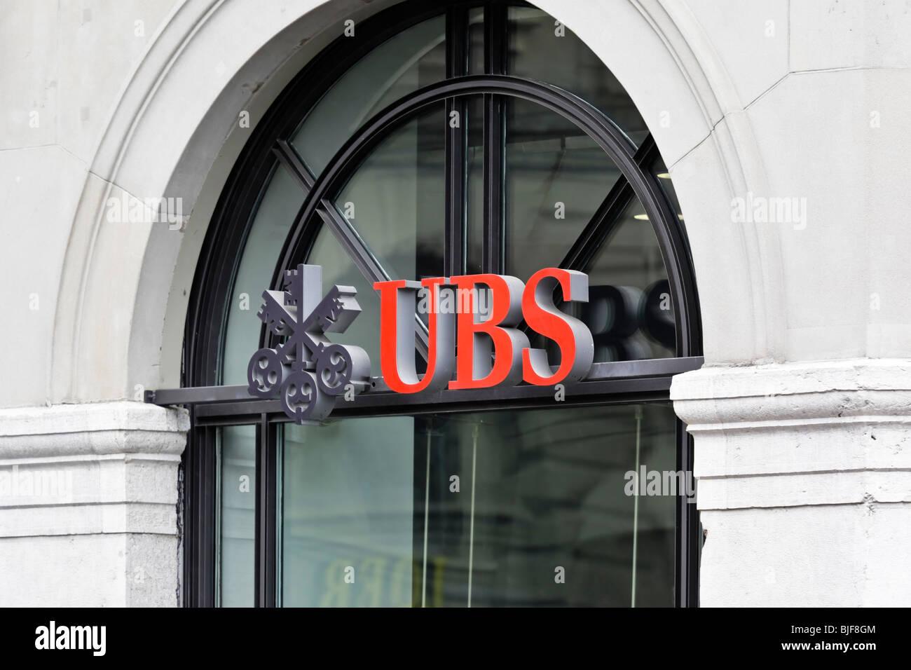 Logo swiss bank ubs stock photos logo swiss bank ubs stock ubs bank sign bern switzerland charles lupica stock image buycottarizona Image collections