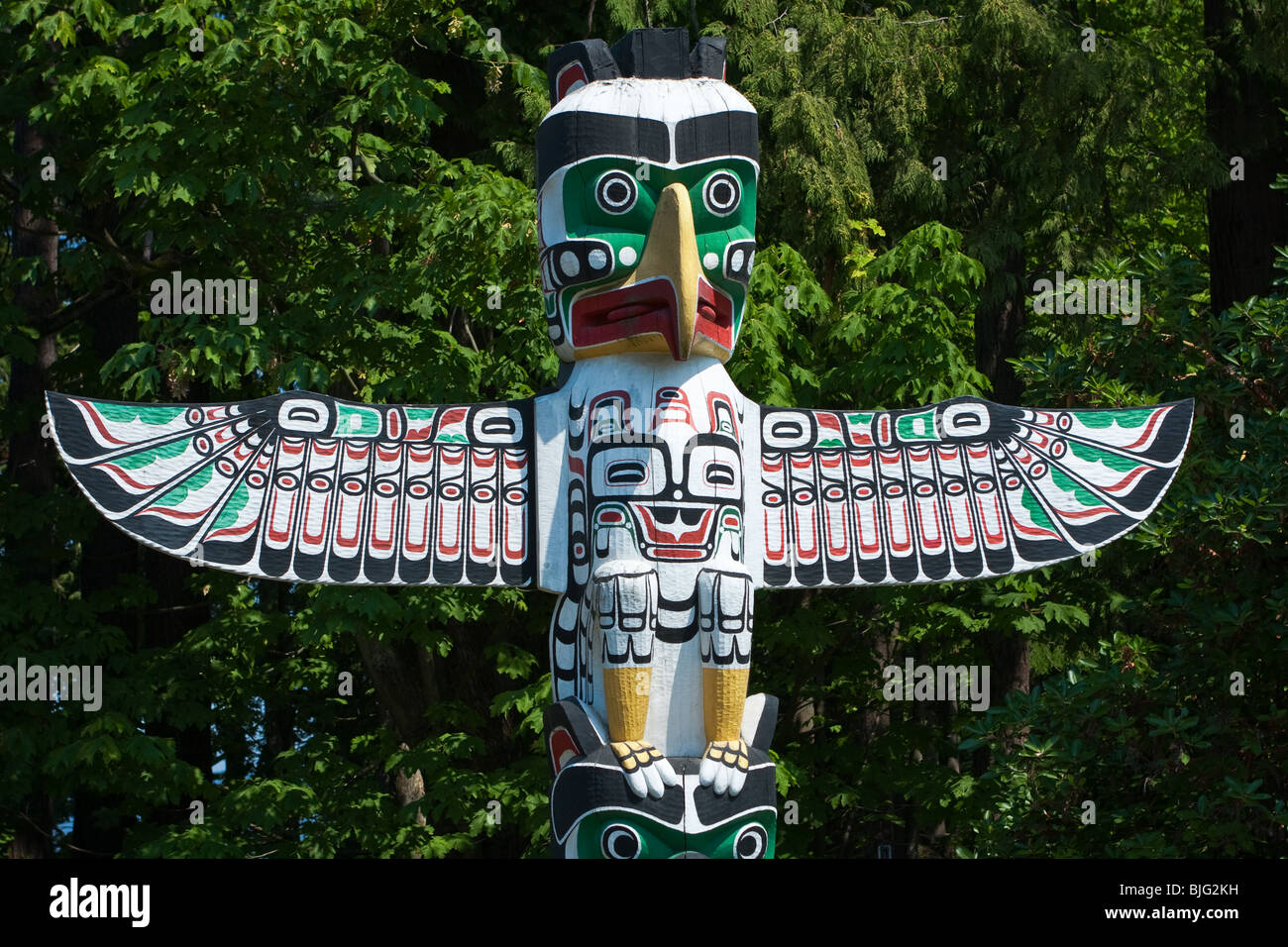 the history of totem poles in british columbia History the kayung pole in 1884 the totem pole was totem pole (british old lighthouse and several hand-carved totem poles made in british columbia.