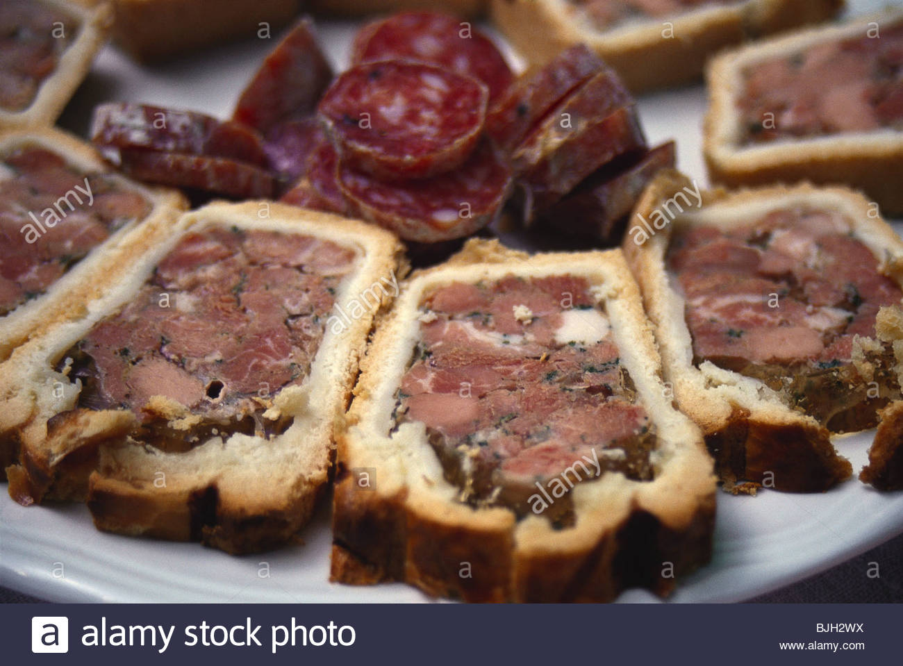 pat 233 en croute alsatian pate in bread dough stock photo royalty free image 28649654 alamy