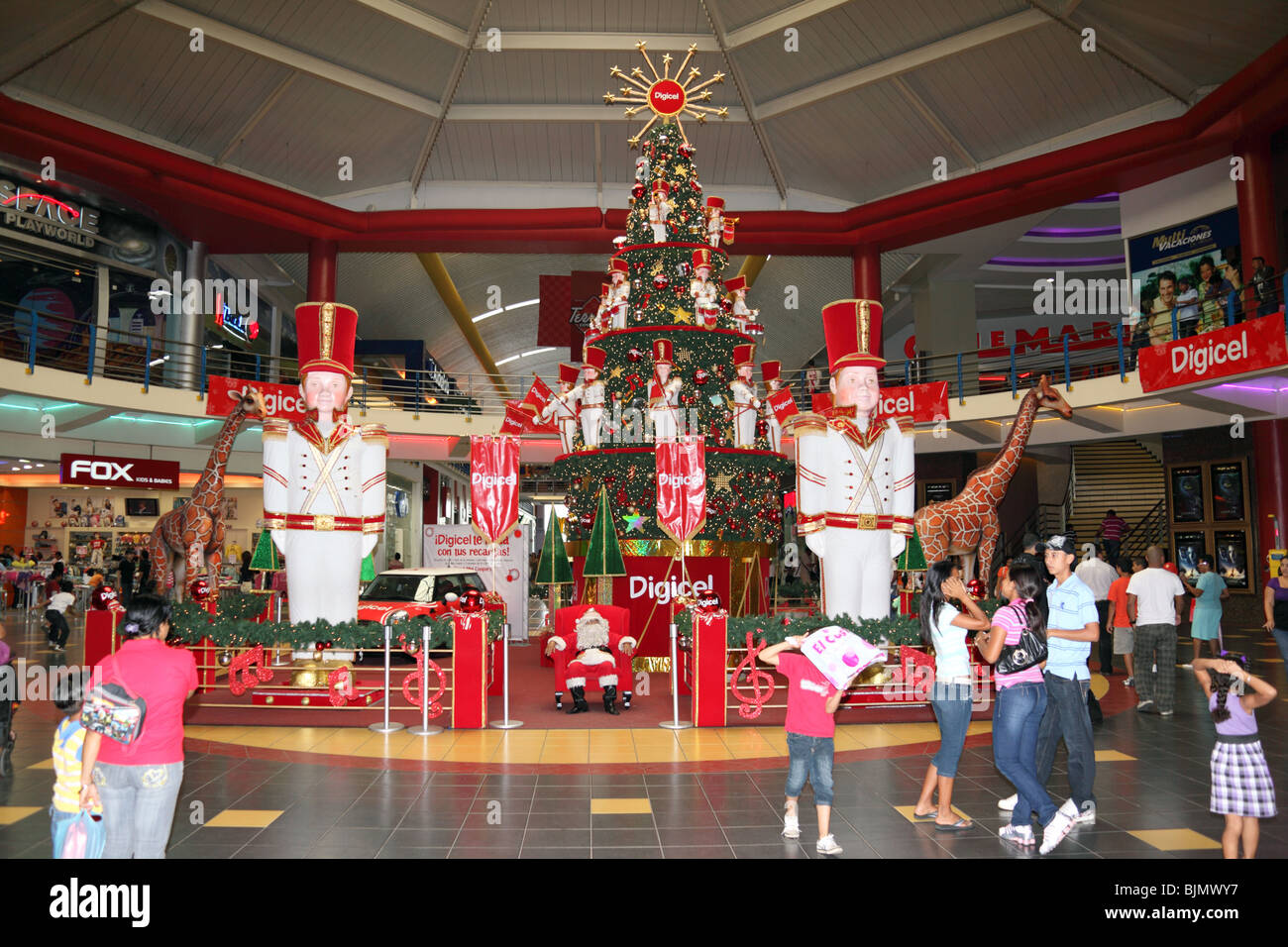 Christmas decorations inside the huge Albrook shopping centre ...