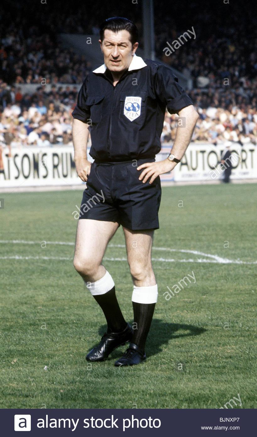 Alastair Mackenzie referee