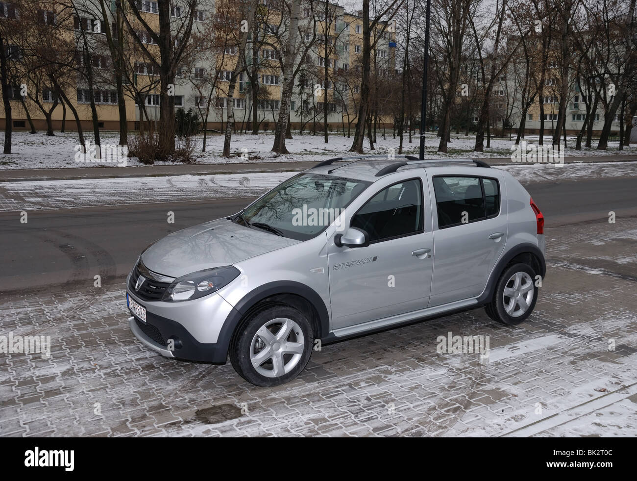 dacia sandero stepway 1 5 dci my 2009 silver five doors 5d stock photo royalty free. Black Bedroom Furniture Sets. Home Design Ideas