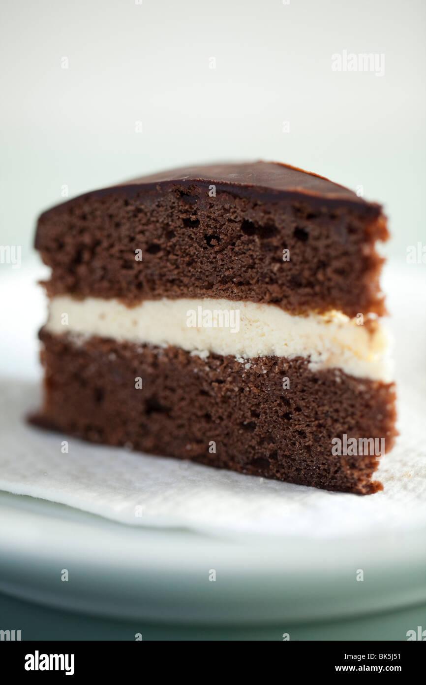 Chocolate sponge cake to buy | Photo of delicious cakes 2017