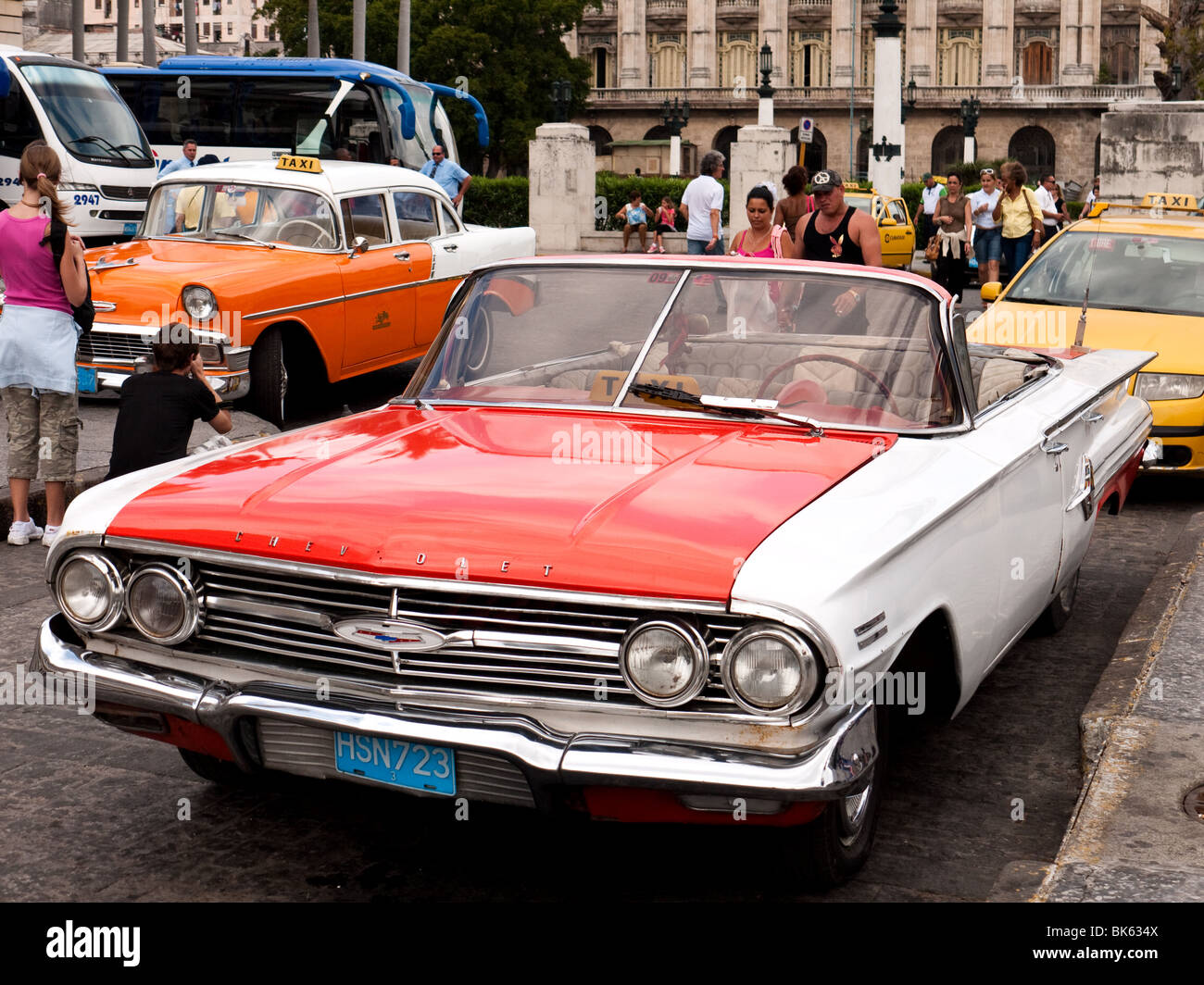 Chevrolet Convertible 1950s American Car in Havana Old City ...
