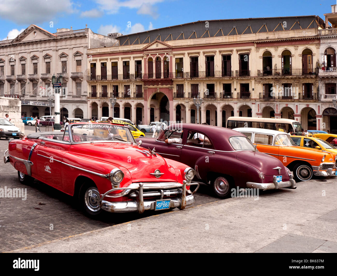 1950s american cars in havana old city havana cuba stock photo royalty free image 29023112. Black Bedroom Furniture Sets. Home Design Ideas