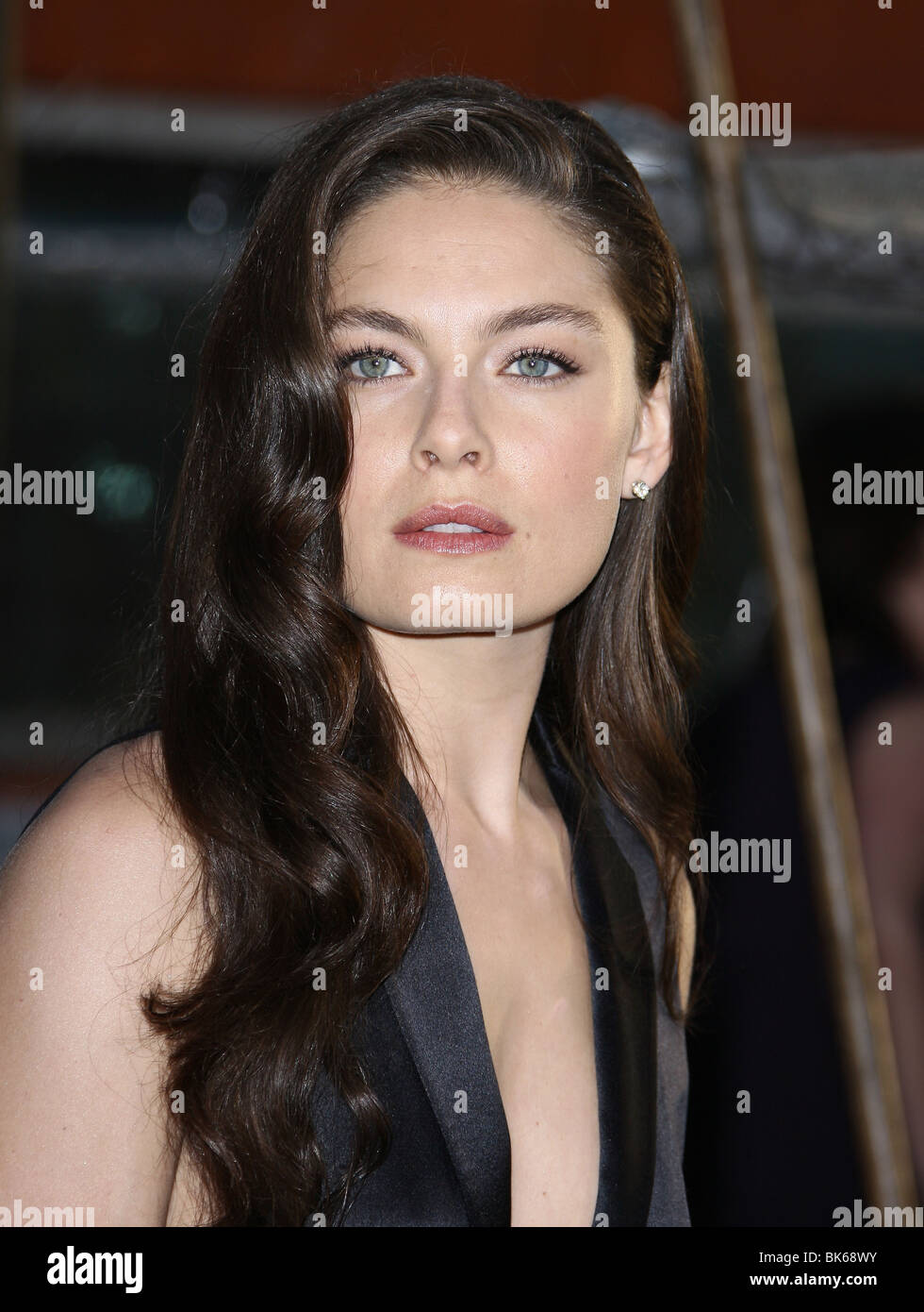 alexa davalos clash of the titans los angeles premiere