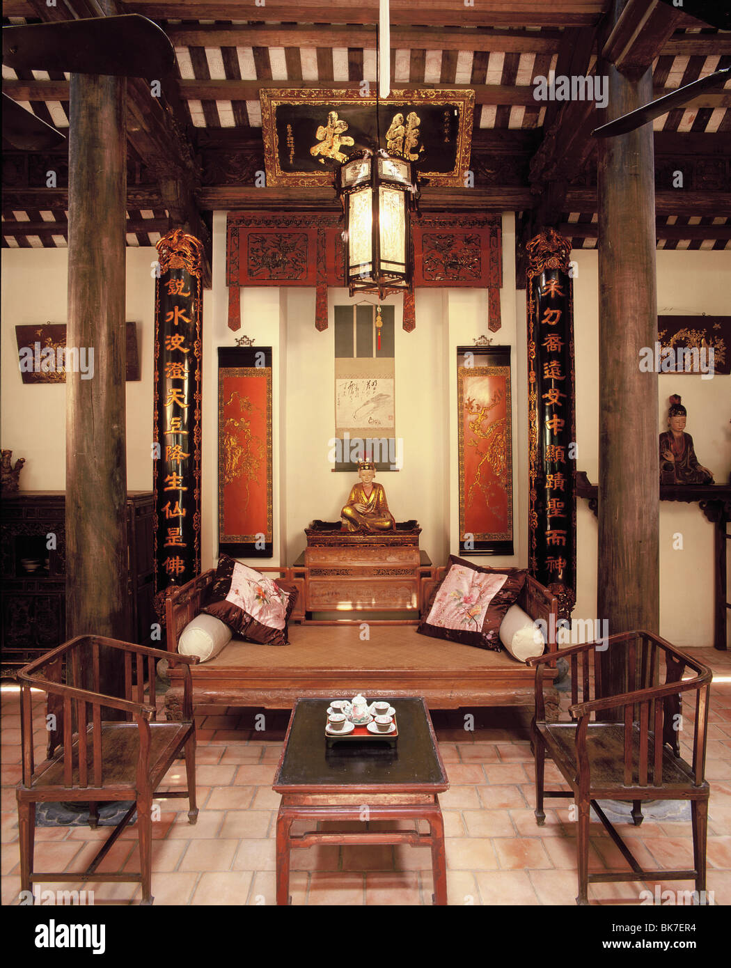 Traditional style vietnamese house hanoi vietnam for Interior design in vietnam