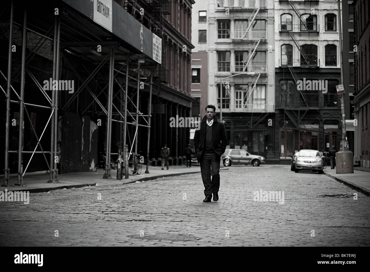 man walking in new york city stock photo royalty free image 29054190 alamy. Black Bedroom Furniture Sets. Home Design Ideas