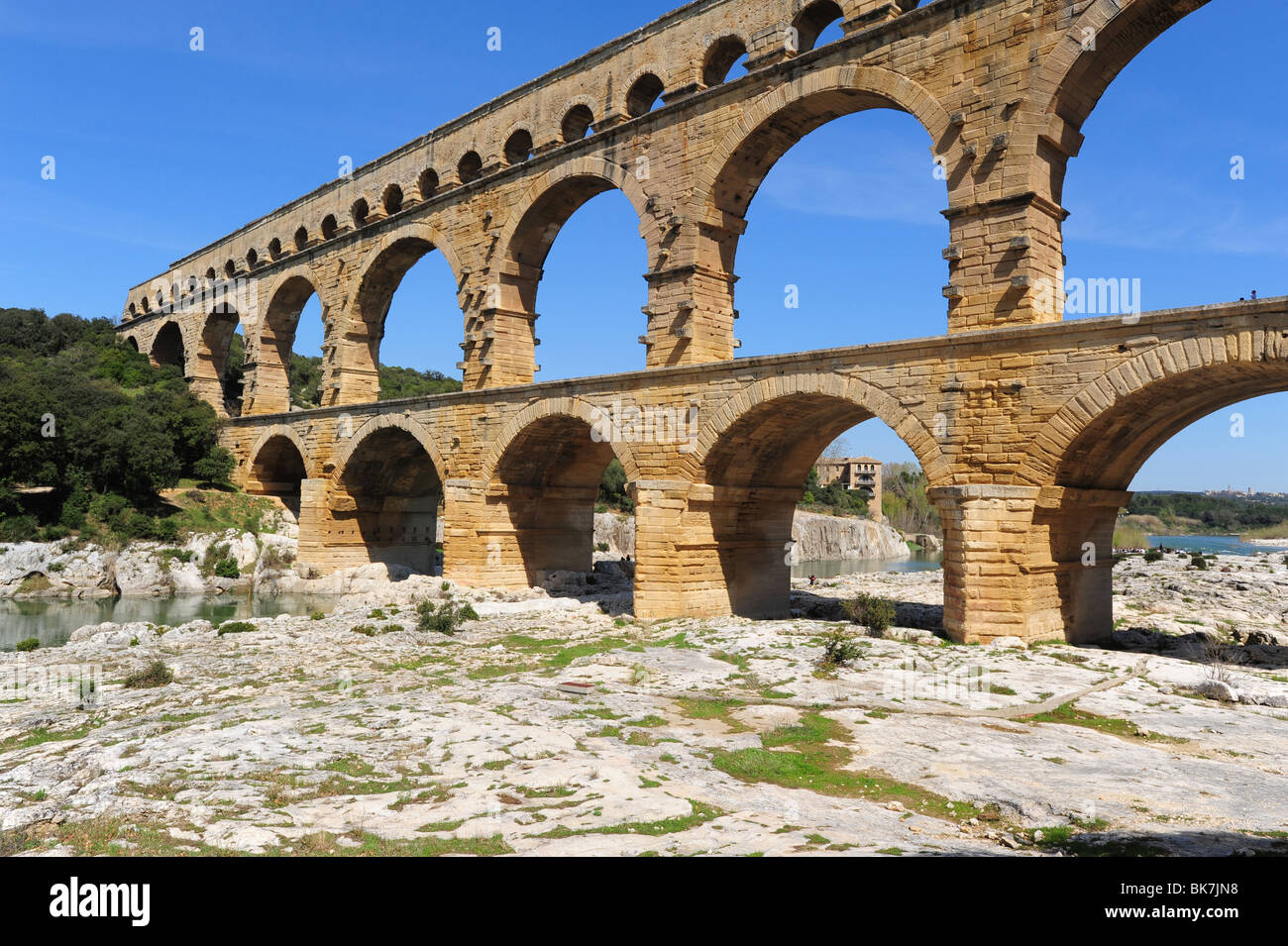 roman aqueducts and architecture