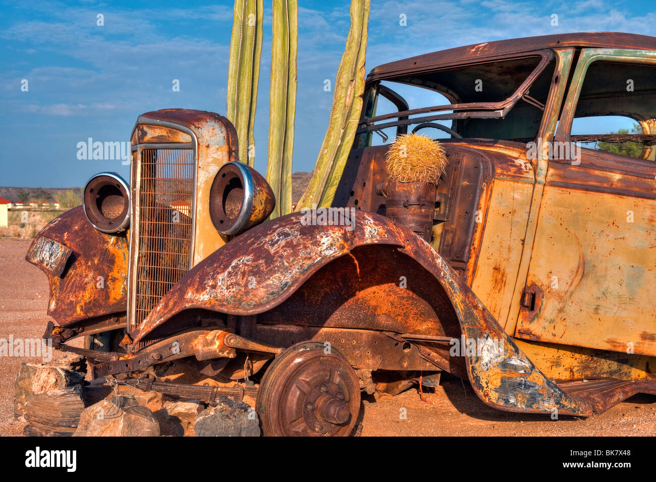Old Vintage Car Wreck at the Fish River Canyon Canon Roadhouse ...