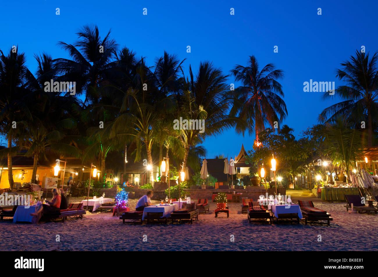 Restraunt Night Dunk Island: Beach Restaurant On Lamai Beach, Ko Samui Island, Thailand