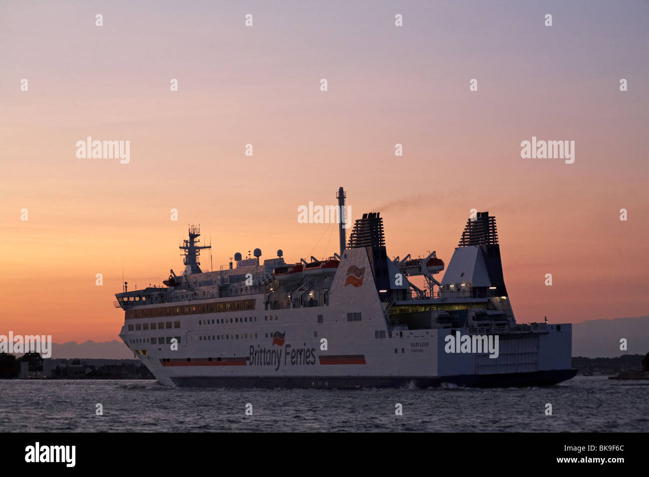 Barfleur cruise ferry ship information brittany ferries - Brittany Ferries Ferry Barfleur Returning To Poole Harbour From Cherbourg