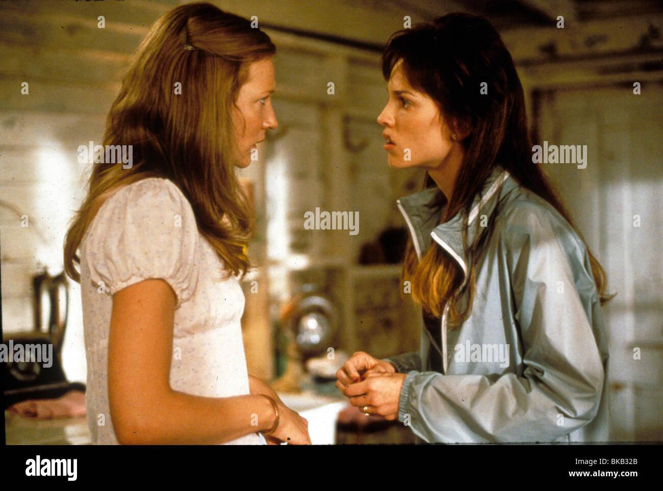 THE GIFT (2000) CATE BLANCHETT, HILARY SWANK TGFT 041 Stock Photo ...