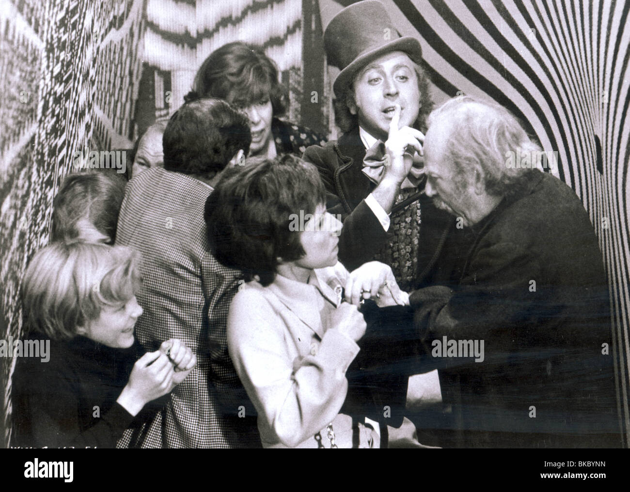 WILLY WONKA AND THE CHOCOLATE FACTORY (1971) PETER OSTRUM, JULIE ...
