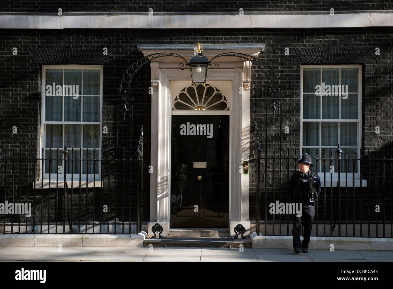 no 10 downing street in london england residence of the prime stock photo royalty free image. Black Bedroom Furniture Sets. Home Design Ideas