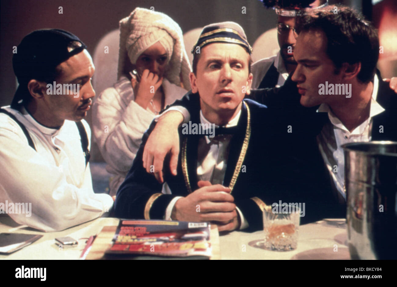 FOUR ROOMS (1995) TIM ROTH, QUENTIN TARANTINO FORM 019 Stock Photo ...