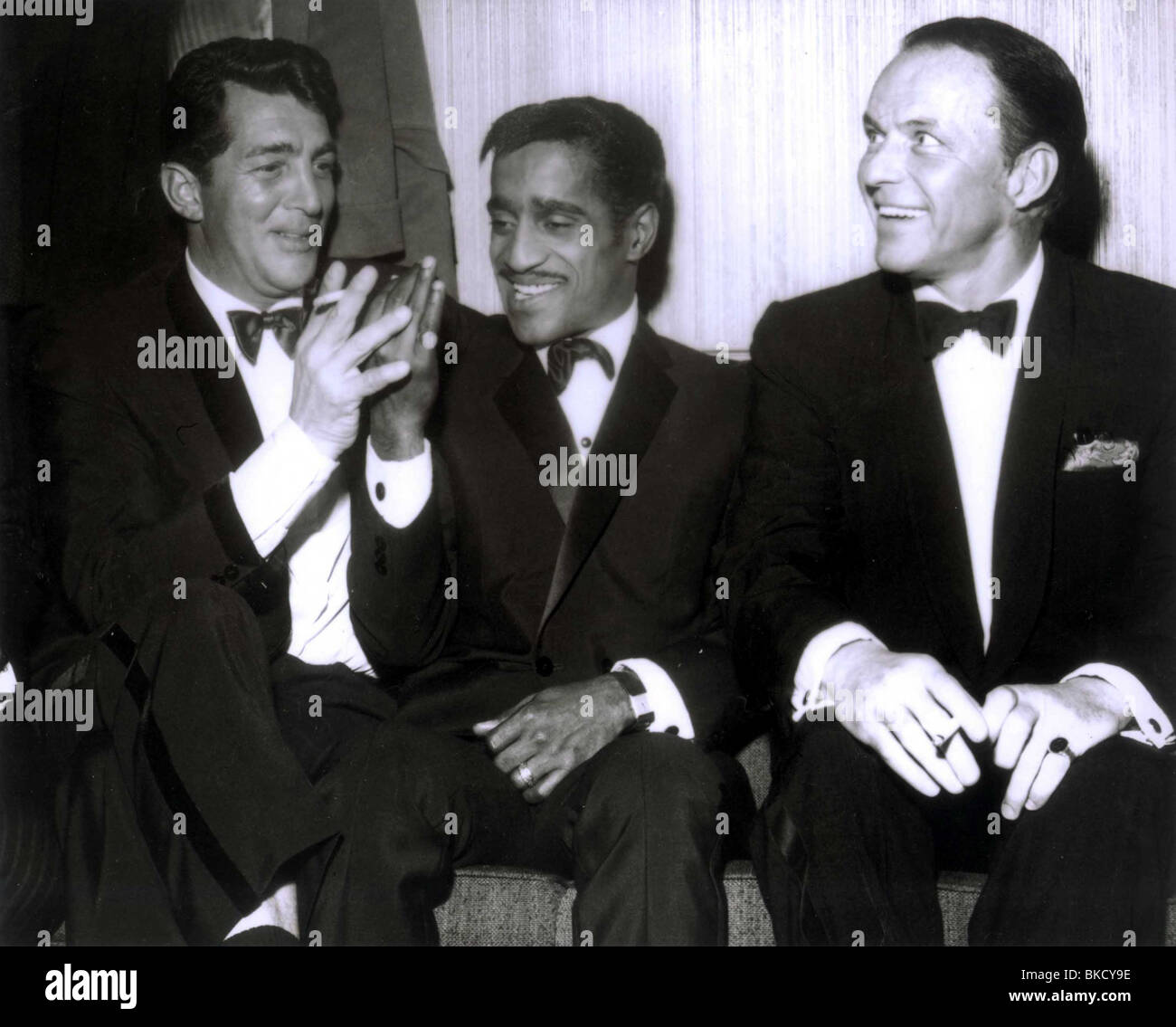 frank sinatra portrait dean martin sammy davis jr frank sinatra the stock photo royalty free. Black Bedroom Furniture Sets. Home Design Ideas