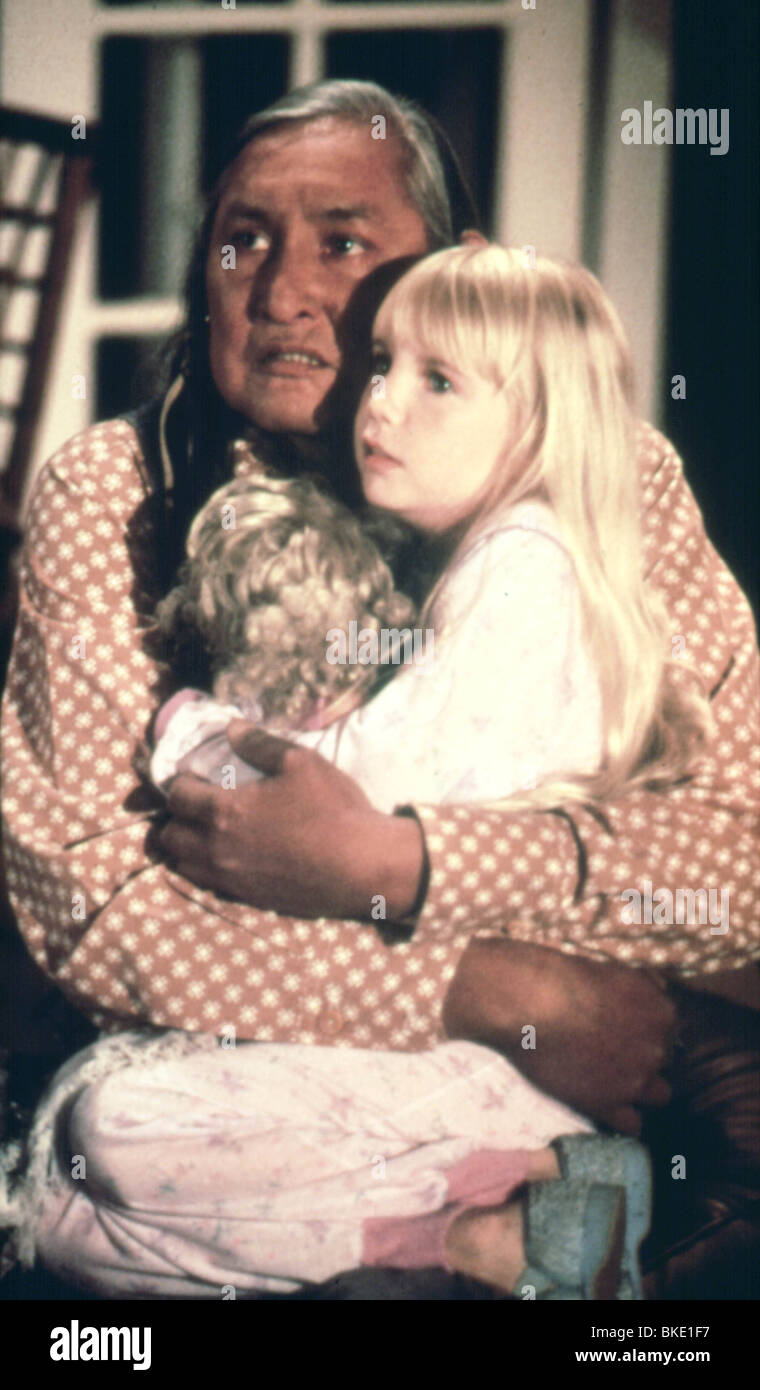 Stock Photo - POLTERGEIST II  1986  WILL SAMPSON  HEATHER O ROURKE PL2    Will Sampson Poltergeist