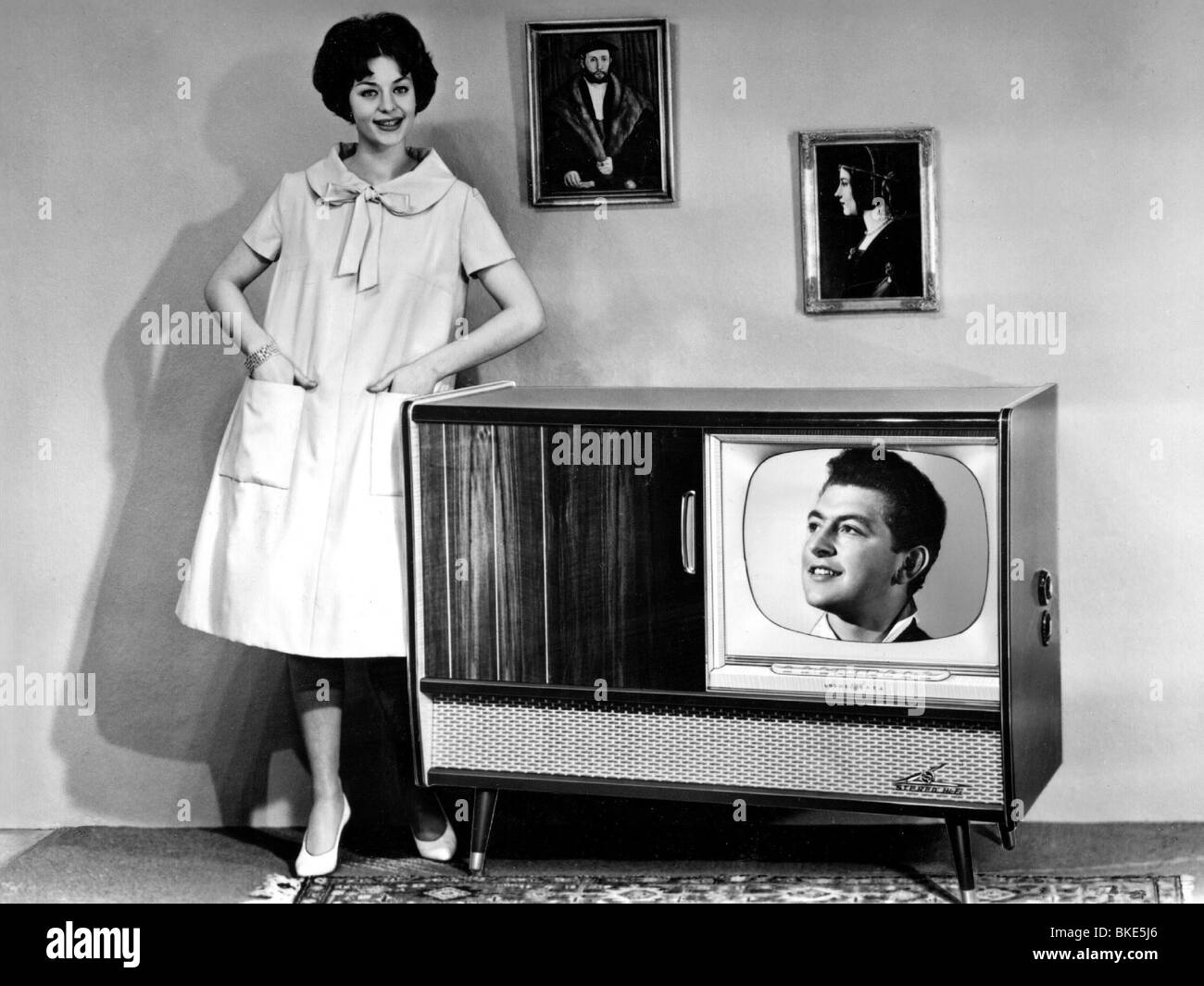 television set Find great deals on ebay for television set and vintage television set shop with confidence.