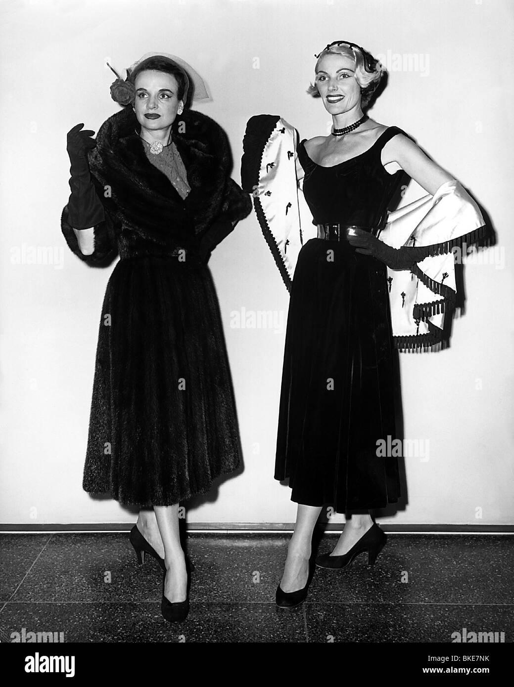womens fashion 1900 to 1940 black models picture. Black Bedroom Furniture Sets. Home Design Ideas