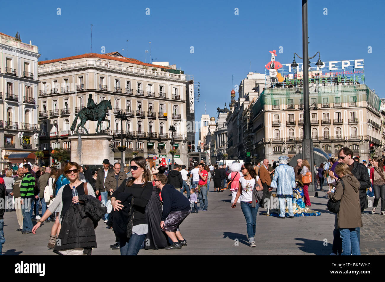 Plaza de la puerta del sol old madrid spain city stock for Plaza puerta del sol