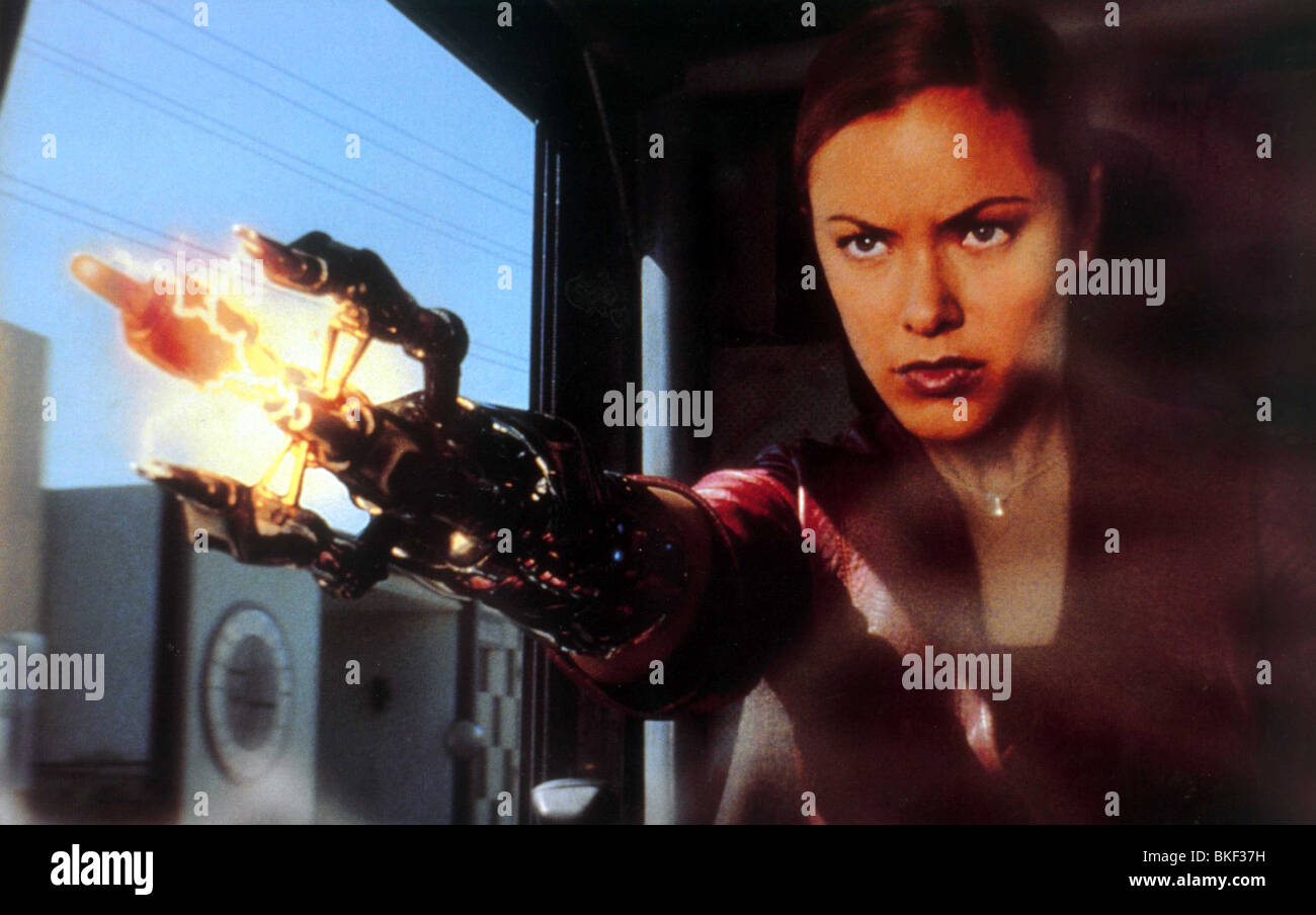 TERMINATOR 3: RISE OF THE MACHINES (2003) T3 (ALT) KRISTANNA LOKEN TMR3 006FOH