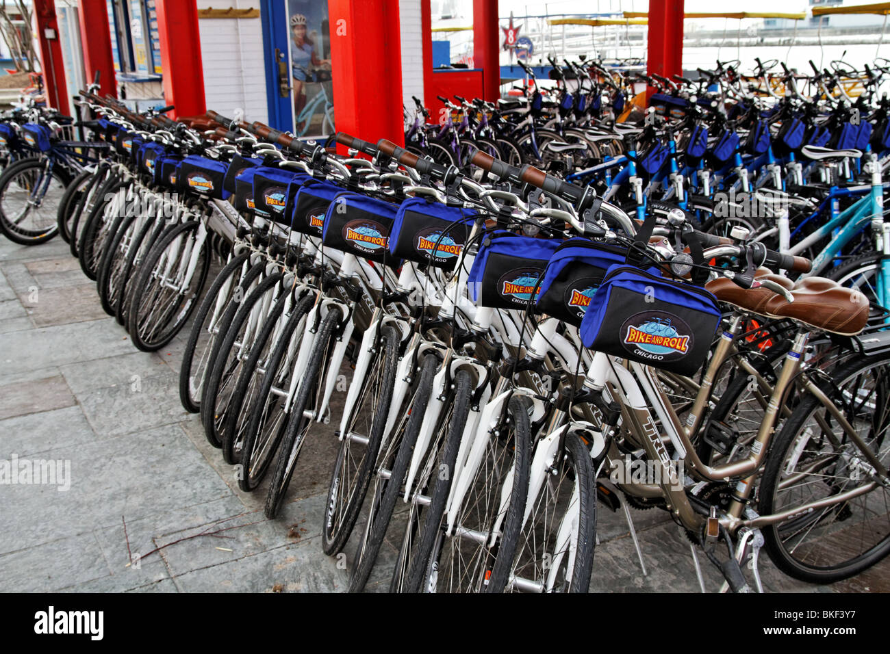 Bike Chicago Navy Pier Rental bikes at Navy Pier in