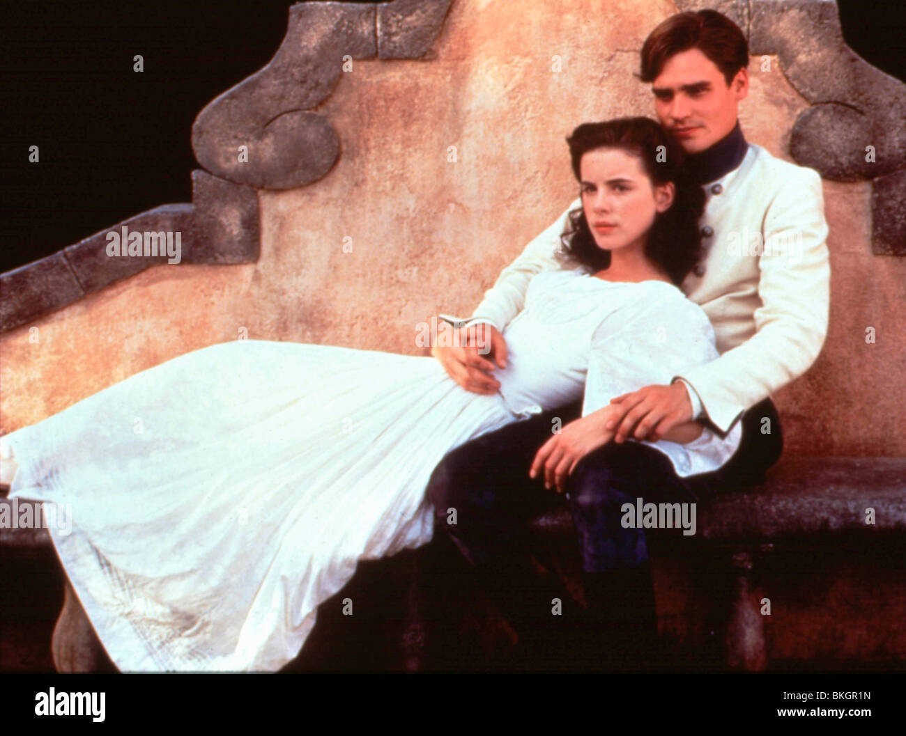 MUCH ADO ABOUT NOTHING (1993) KATE BECKINSALE, ROBERT SEAN ...
