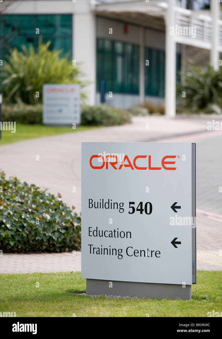Oracle Corporation UK Ltd Parkway Thames Valley Park TVP