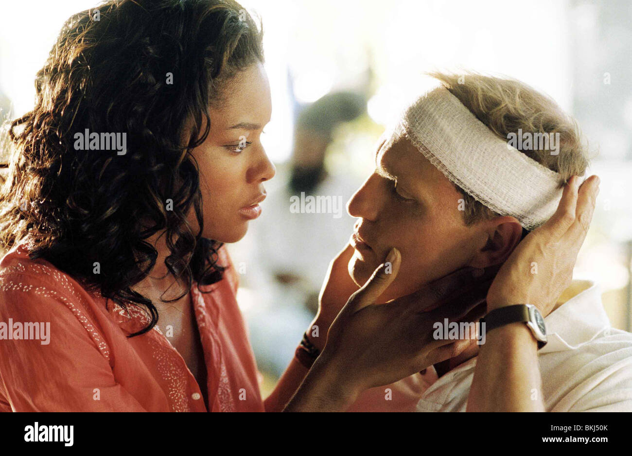 AFTER THE SUNSET (2004) NAOMIE HARRIS, WOODY HARRELSON ...