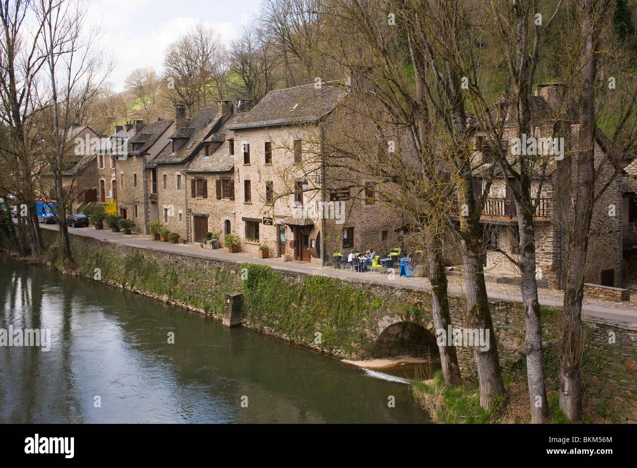 french village singles Best apartments for rent in dallas, tx  major thoroughfares offer easy access to west village,  from jello-shots and french fries to lychee martinis and.