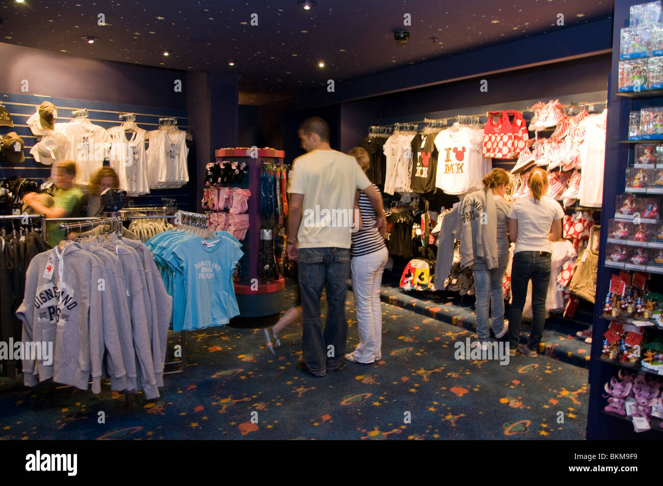 Paris clothing stores