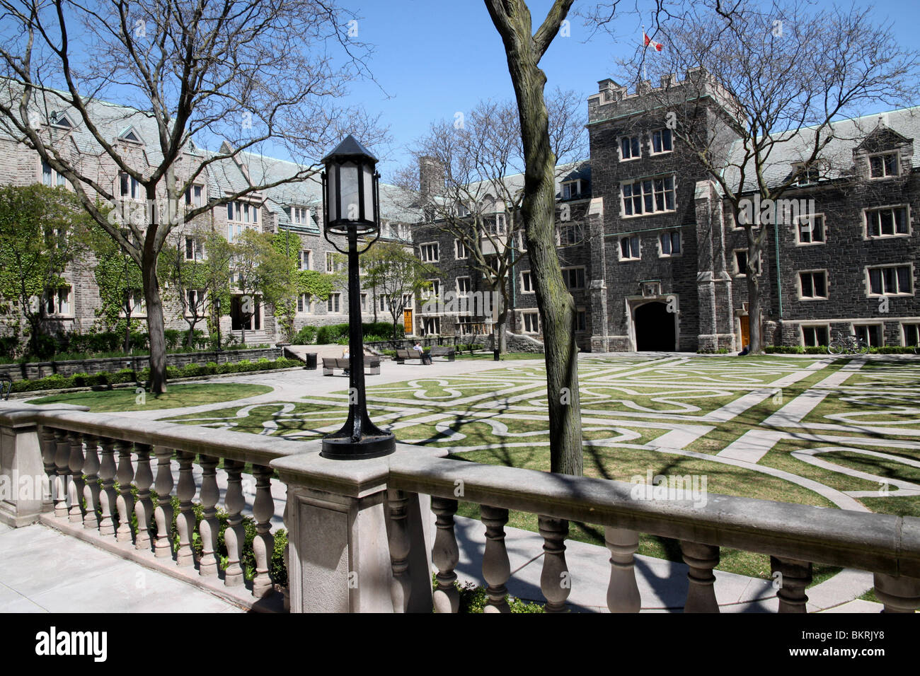 university of toronto trinity college essay
